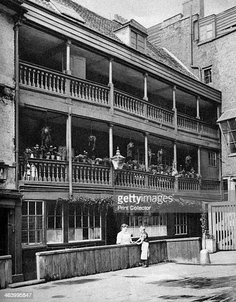 The 'George' 17th century inn Southwark London 19261927 London's only surviving galleried coaching inn was rebuilt in 1676 after a fire Illustration...