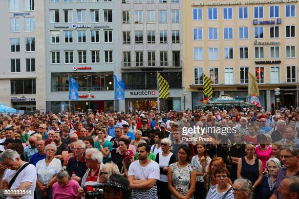 MARIENPLATZ MUNICH BAVARIA GERMANY The German oposition leader Sahra Wagenknecht came to talk in Munich Several hundred came to listen