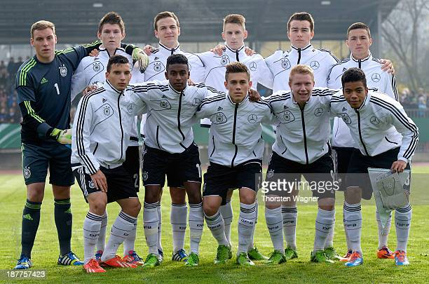 The Germany team poses prior to the U17 international friendly match between Germany and Spain at stadium Wetzlar on November 12 2013 in Wetzlar...