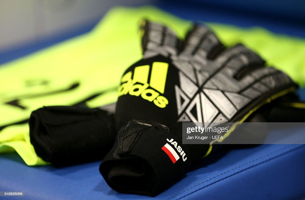 The goalkeeper gloves worn by Lukasz Fabianski of Poland are seen in the dressing room prior to the UEFA EURO 2016 quarter final match between Poland and Portugal at Stade Velodrome on June 30, 2016 in Marseille, France.