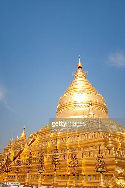The golden Shwezigon Paya in Bagan, Myanmar