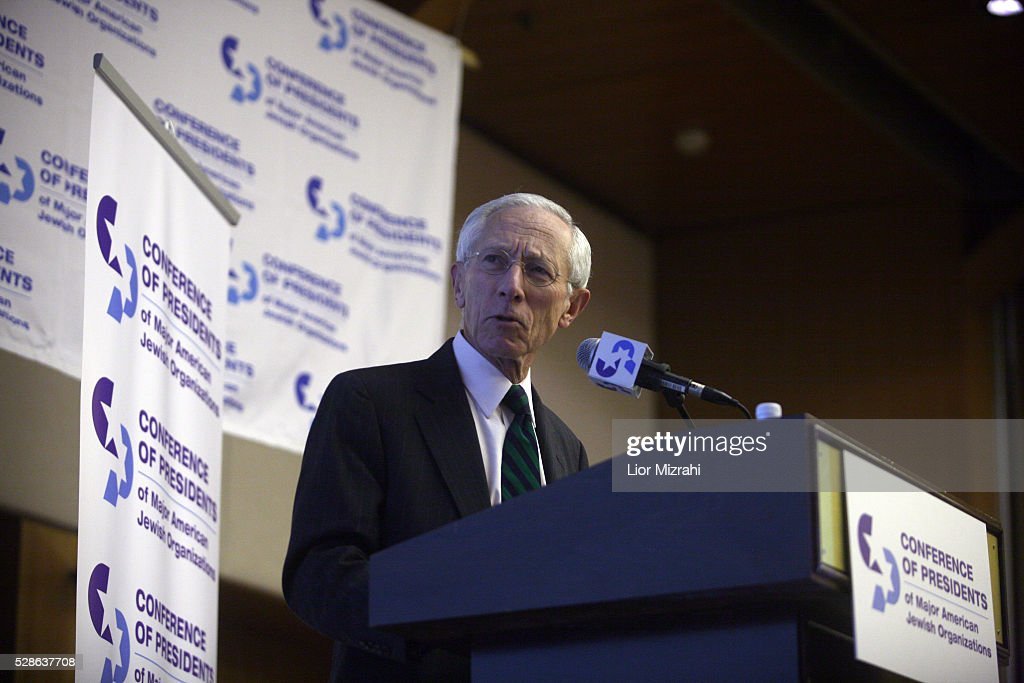 The Governor of the Central Bank of Israel, <a gi-track='captionPersonalityLinkClicked' href=/galleries/search?phrase=Stanley+Fischer&family=editorial&specificpeople=233518 ng-click='$event.stopPropagation()'>Stanley Fischer</a>, speaks during a conference on February 17, 2010 in Jerusalem, Israel.
