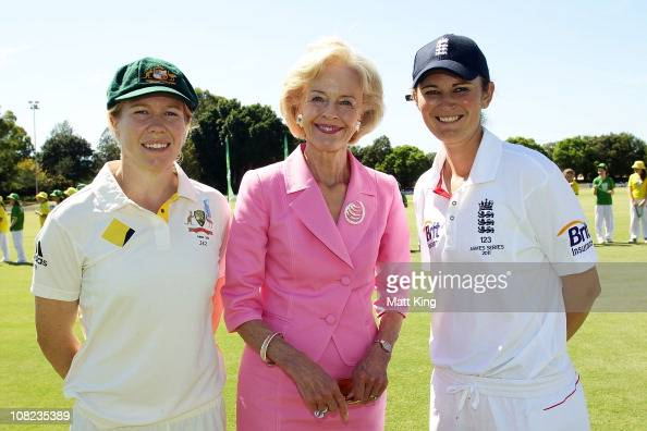 The GovernorGeneral of Australia Quentin Bryce poses with Australian captain Alex Blackwell and England captain Charlotte Edwards before day one of...