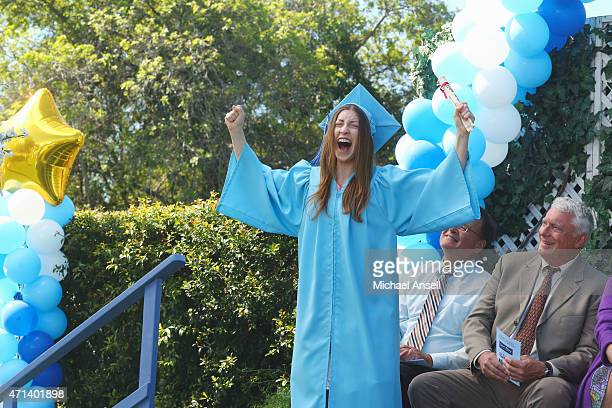 THE MIDDLE 'The Graduate' As graduation approaches Sue begins to think that 'the year of Sue' may end on a sour note when a series of unforeseen...