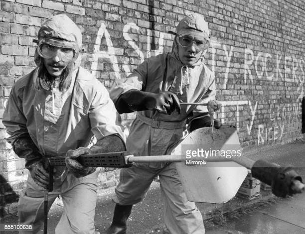 The Graffiti Beater a new ú2000 machine has just gone into action in the West End of Newcastle Published 24th September 1981 With the help of...
