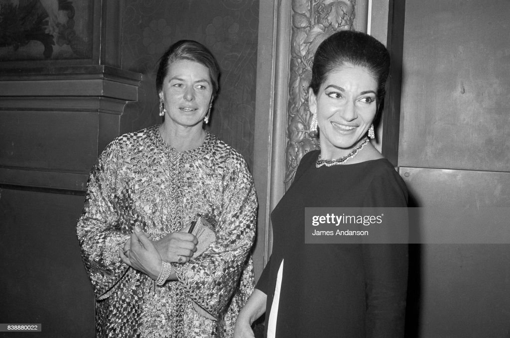 The Greek Opera singer Maria Callas (1923-1977) on the right with the swedish actress Ingrid Bergman (1915-1982) at the Opera in Paris, 15th October 1968