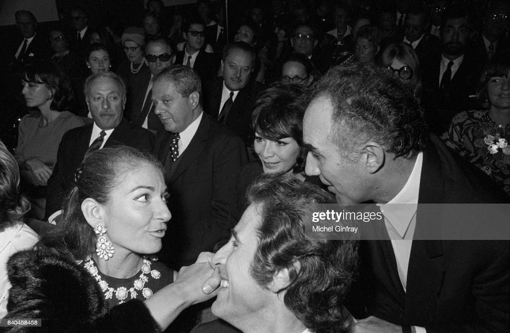 The Greek Opera singer Maria Callas (1923-1977) with the socialite Jacques Chazot (at the forefront), the french actor Michel Piccoli and the french actress and singer Juliette Greco (in the background), Paris, 16th September 1970
