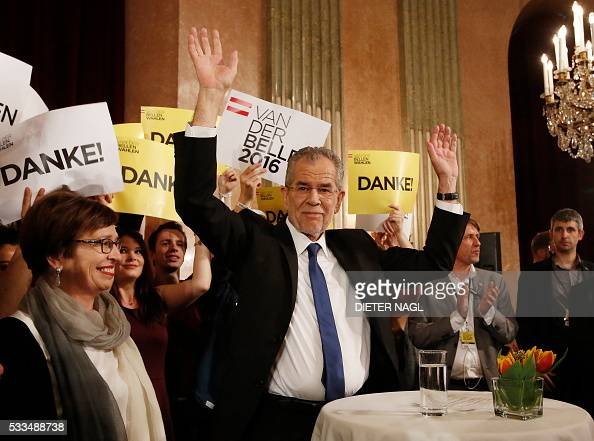 The green candidate for Austrian Presidency Alexander Van der Bellen waves to his supporters in Vienna on May 22 2016 Austrian farright hopes of...