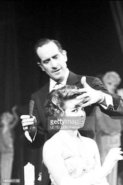 The Hairdressers Of The Theater Des Champs Elysees ParisChamps Elysées 4 Février 1958 Lors d'une manifestation professionnelle reportage sur les...