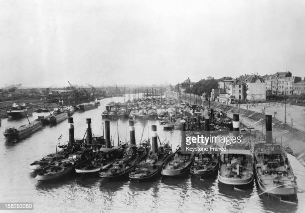The harbour of Duisbourg on Rhine river in 1928 Duisbourg in Germany
