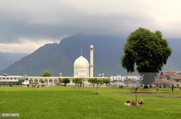 The Hazratbal Shrine is a Muslim shrine in Hazratbal Srinagar Jammu amp Kashmir India on 2 May 2017 It contains a relic the MoieMuqqadas believed by...
