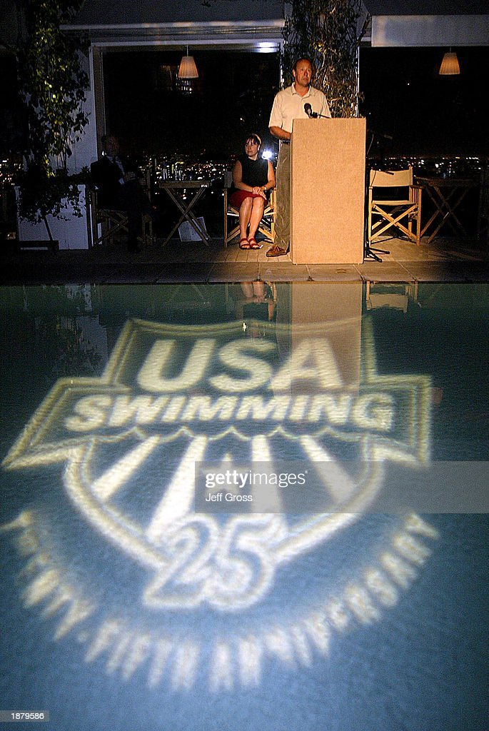 Usa swimming recepetion getty images for Pool show usa