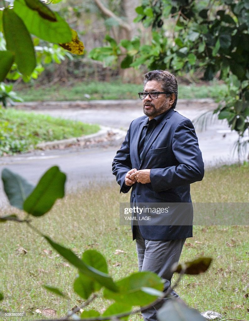 The head of the FARC-EP leftist guerrillas delegation to the peace talks with the Colombian government, Commander Ivan Marquez arrives at Convention Palace in Havana on February 10, 2016. AFP PHOTO/YAMIL LAGE / AFP / YAMIL LAGE