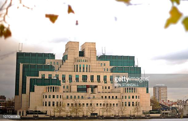 The headquarters of Britain's MI6 intelligence agency are pictured in London on November 23 2010 AFP PHOTO / BEN STANSALL