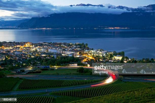 The headquarters of Nestle SA stands surrounded by residential apartment blocks on the banks of Lake Geneva in Vevey Switzerland on Thursday Oct 17...
