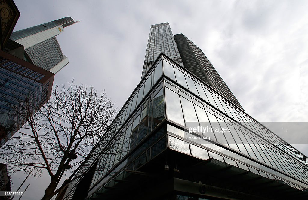 The headquarters of the European Central Bank (ECB) are seen in Frankfurt, Germany, on Thursday, Mar. 7, 2012. The European Central Bank left interest rates on hold as it gauges how big a threat Italy poses to the economic recovery. Photographer: Ralph Orlowski/Bloomberg via Getty Images