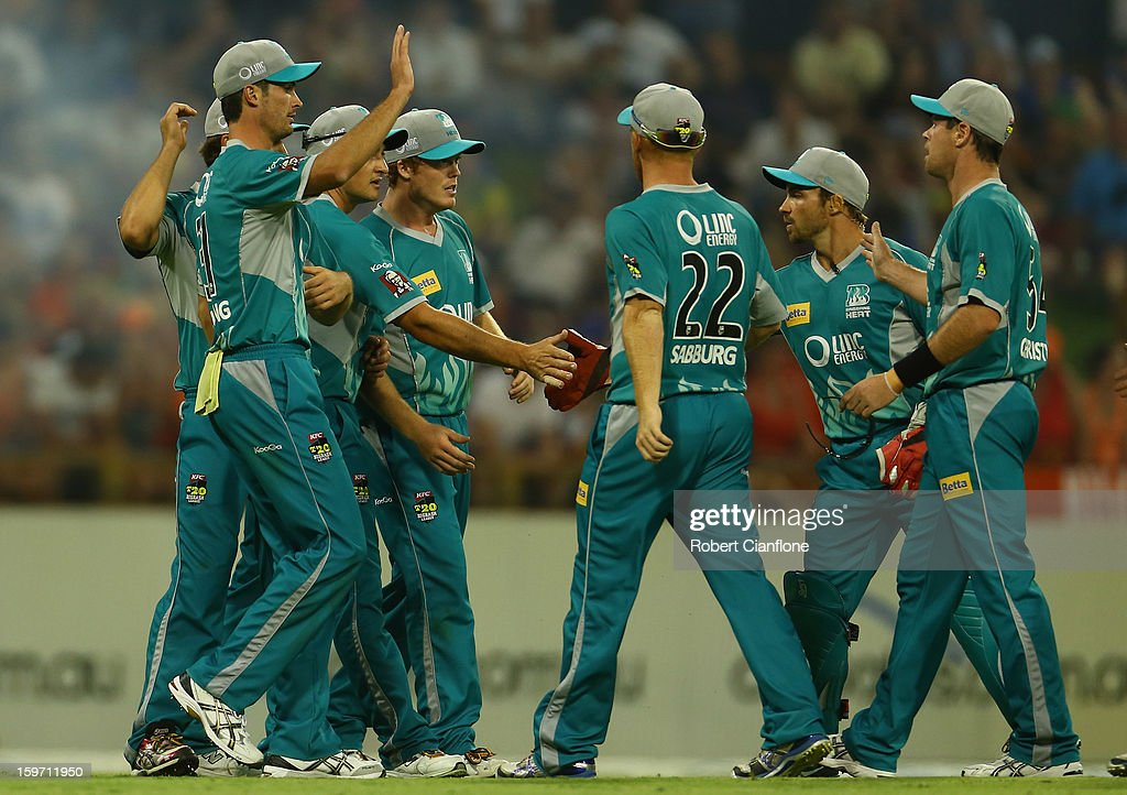 The Heat celebrate the wicket of Marcus North of the Scorchers during the Big Bash League final match between the Perth Scorchers and the Brisbane Heat at the WACA on January 19, 2013 in Perth, Australia.