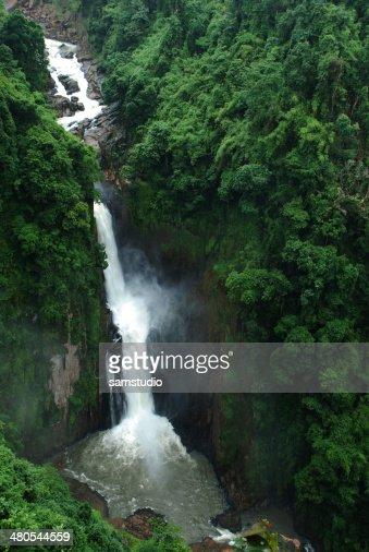 El Heaw Narok cascada, sin ser vistos y Tailandia : Foto de stock