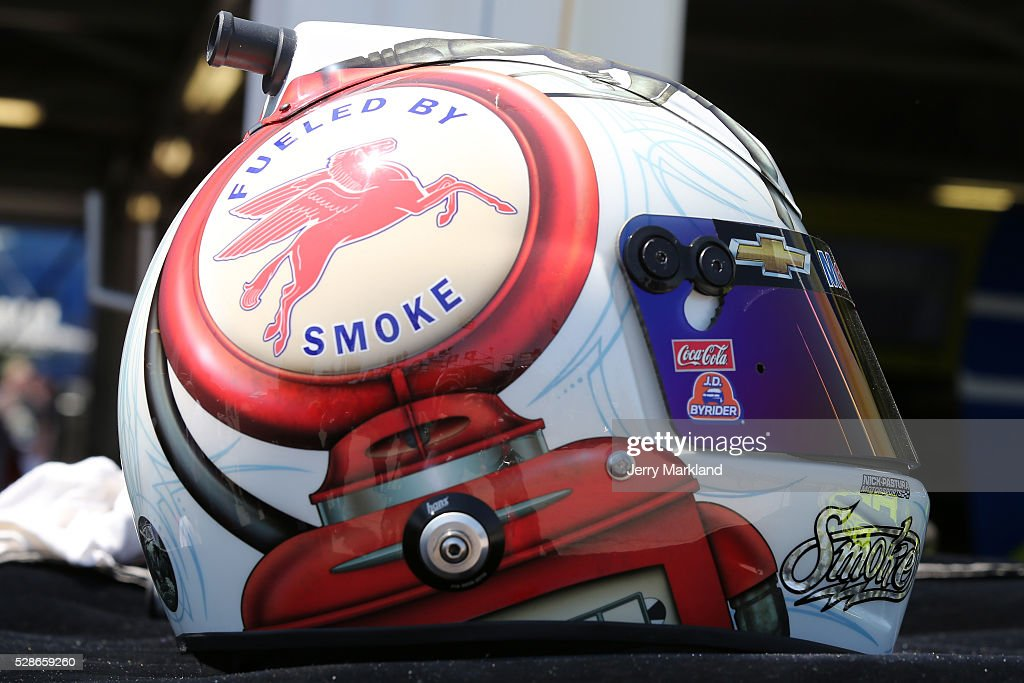 The helmet of Tony Stewart, driver of the #14 Mobil 1 Chevrolet, is seen during practice for the NASCAR Sprint Cup Series Go Bowling 400 at Kansas Speedway on May 6, 2016 in Kansas City, Kansas.