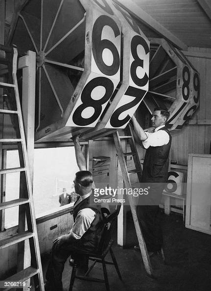 The huge numbers of the scoreboard at a Nottingham pitch are rolled to show the score in the England v South Africa Test Match
