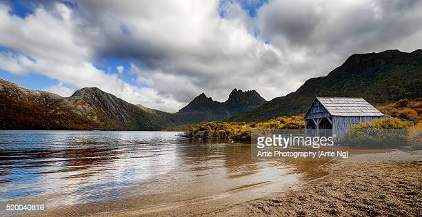 The Iconic Cradle Mountain & The Boat Shed At Dove Lake, Lake St Clair National Park, Tasmania, Australia