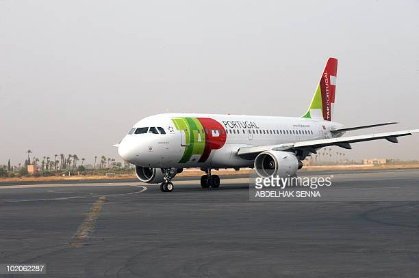 The inaugural flight between Lisbon and Marakesh for Portugese carrier TAP taxis prior to the arrival of Portugal's Prime Minister Jose Socrates in...