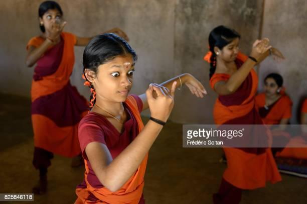 The Indian Dance Mohiniattam Kerala Kalamandalam Deemed University of Art and Culture is a major centre for learning Indian performing arts...
