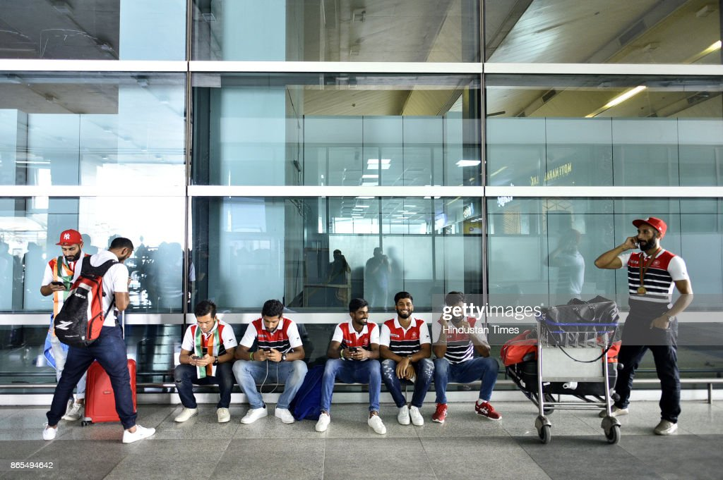 Asia Cup Winner Hockey Team Gets Grand Welcome On Arrival At IGI Airport