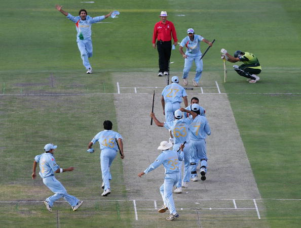 Pakistan v India - Twenty20 Championship Final : News Photo