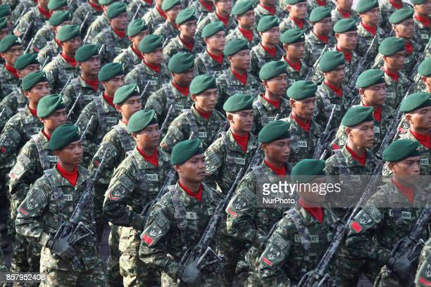 The Indonesian National Army held a parade and military attraction in commemoration of the 72nd Indonesia National Army Day at Indah Kiat harbour...