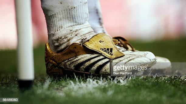 The initialed boots of Frank Lampard of Chelsea as he waits to take a corner during the Barclays Premiership match between Chelsea and Fulham at...