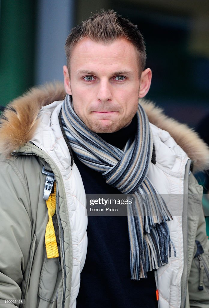 The injured player <a gi-track='captionPersonalityLinkClicked' href=/galleries/search?phrase=Bernd+Nehrig&family=editorial&specificpeople=787131 ng-click='$event.stopPropagation()'>Bernd Nehrig</a> of Fuerth looks on before the Bundesliga match between SpVgg Greuther Fuerth and 1. FSV Mainz 05 at Trolli-Arena on January 26, 2013 in Fuerth, Germany.