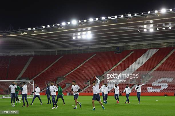 The Inter playing squad warms up during the FC Internazionale Milano press conference at St Mary's Stadium on November 2 2016 in Southampton England