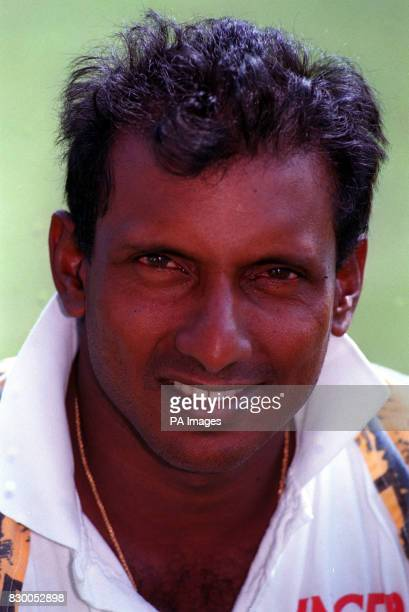 The International Cricket Council is to question Sri Lanka s Arjuna Ranatunga and Aravinda de Silva over allegations they took bribes to throw matches