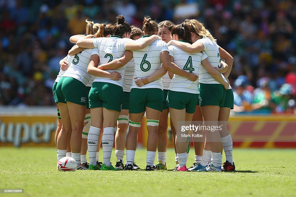 The Ireland team form a huddle as they prepare to play during the 2016 Sydney Sevens match between at Allianz Stadium on February 7, 2016 in Sydney, Australia.