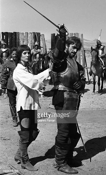 The Italian actress Elsa Martinelli during the filming of the movie `La Araucana' with Italian Actor Venantino Venantini near Madrid Madrid Castilla...