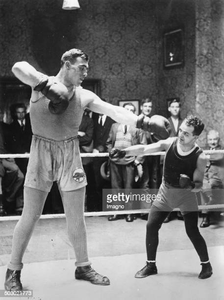 The Italian heavyweight boxer Primo Carnera trained with the US flyweight world champion Frankie Genaro 11th October 1929 Photograph
