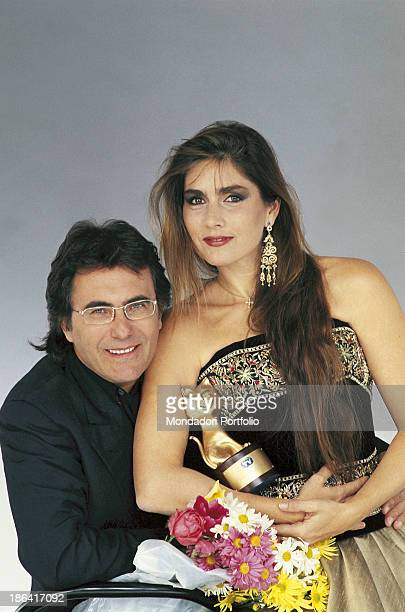 The italian singer Al Bano born Albano Carrisi with his wife the american singer Romina Power The couple brings the Telegatto award 1991