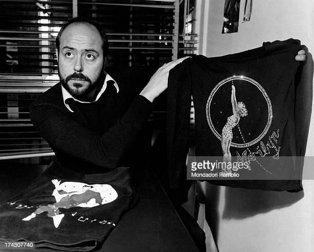 The Italian stylist Elio Fiorucci shows a '50s style Tshirt Milan 1972