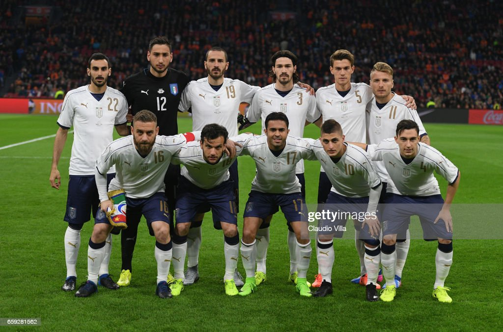 The Italy players lineup for a team photo prior to the international friendly match between Netherlands and Italy at Amsterdam Arena on March 28, 2017 in Amsterdam, Netherlands.