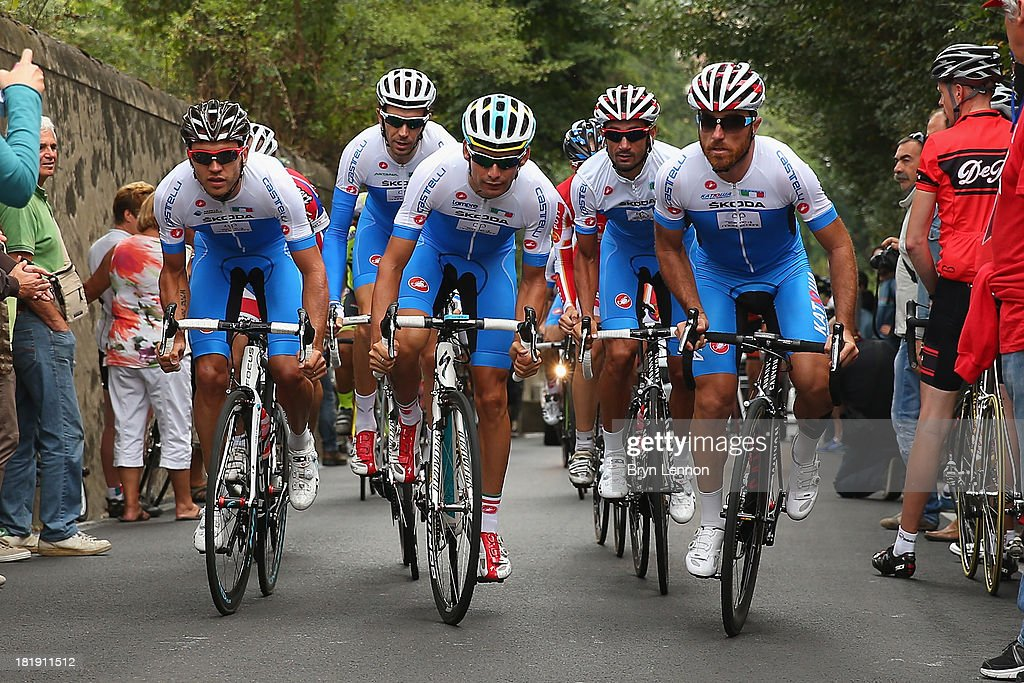 The Italy team recce the course during training on day five of the UCI Road World Championships on September 26, 2013 in Florence, Italy.
