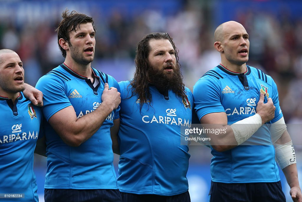 The Italy team sing their national anthem prior to kickoff during the RBS Six Nations match between Italy and England at the Stadio Olimpico on February 14, 2016 in Rome, Italy.