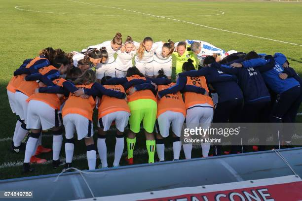 The Italy U16 team huddle during the 2nd Female Tournament 'Delle Nazioni' final match between Italy U16 and USA U16 on April 29 2017 in Gradisca...
