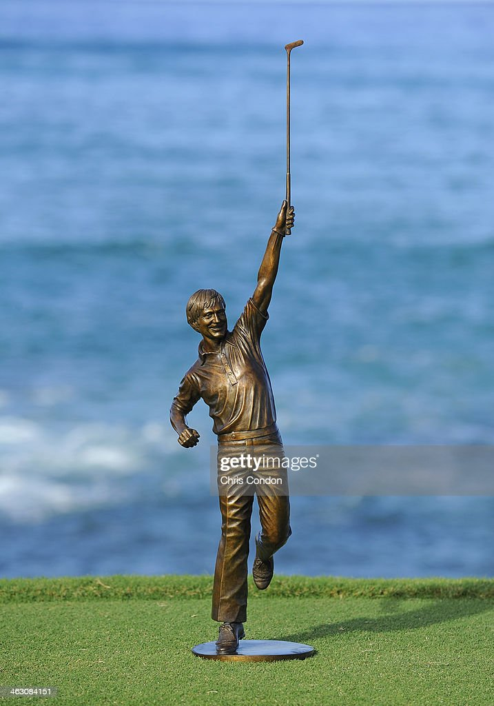 The Jack Nicklaus award on the 17th tee during the Thursday Pro Am at the Mitsubishi Electric Championship at Hualalai Golf Club on January 16, 2014 in Ka'upulehu-Kona, Hawaii.
