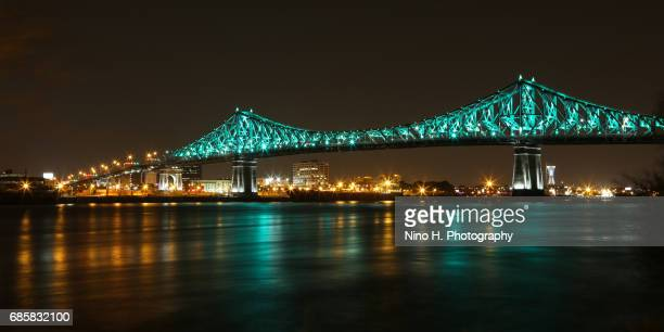 The Jacques-Cartier Bridge Lights Up - Inaugural Show - Montreal