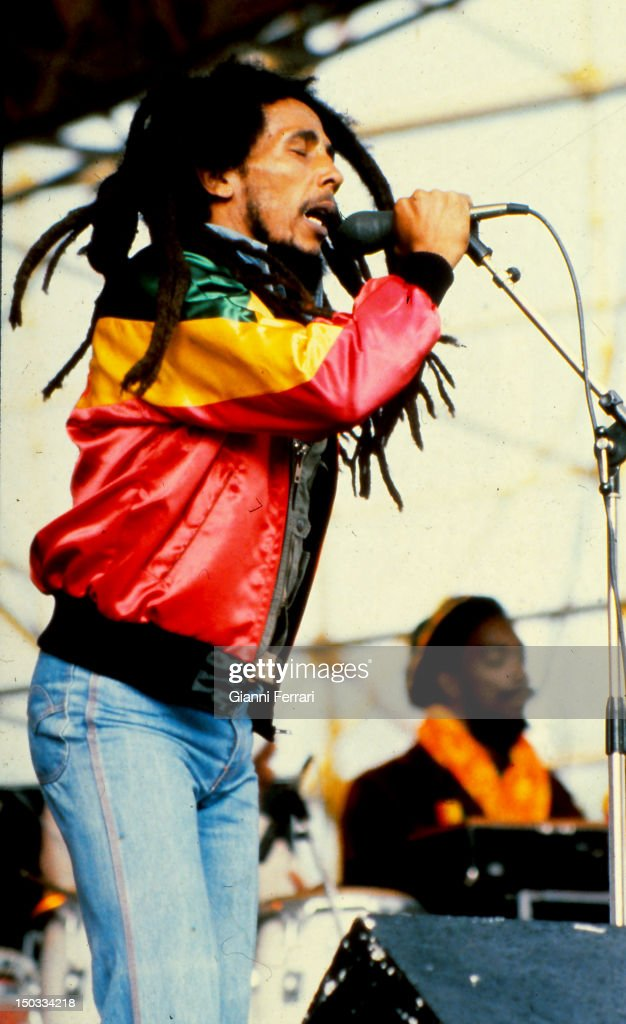 The Jamaican singer <a gi-track='captionPersonalityLinkClicked' href=/galleries/search?phrase=Bob+Marley&family=editorial&specificpeople=240470 ng-click='$event.stopPropagation()'>Bob Marley</a> during a show, 1981, Madrid, Spain.