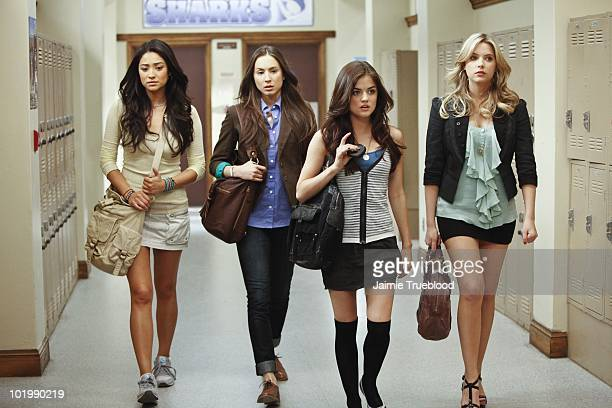 LIARS 'The Jenna Thing' With the return of Jenna Cavanaugh to Rosewood the girls must face an unpleasant past as questions arise about Alison's death...
