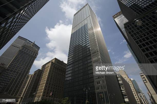 The JPMorgan Chase Co building at 270 Park Avenue July 19 2006 in the Manhattan borough of New York City The thirdbiggest US bank JPMorgan Chase Co...