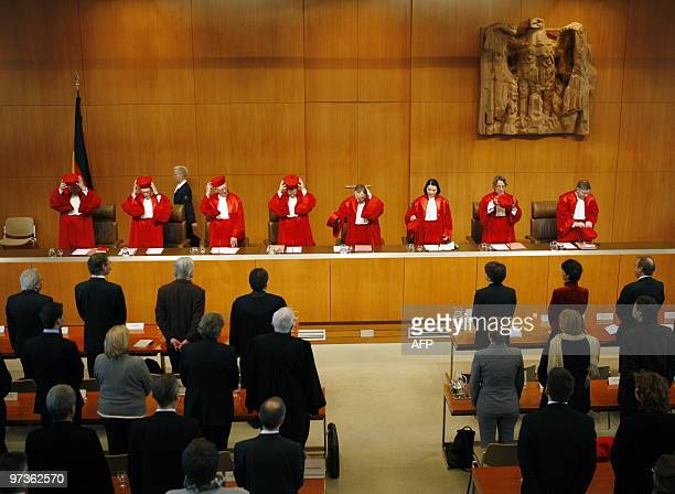 The judges of the first senate of the Federal Constitutional Court Ferdinand Kirchhof Michael Eichberger BrunOtto Bryde Johannes Masing President of...