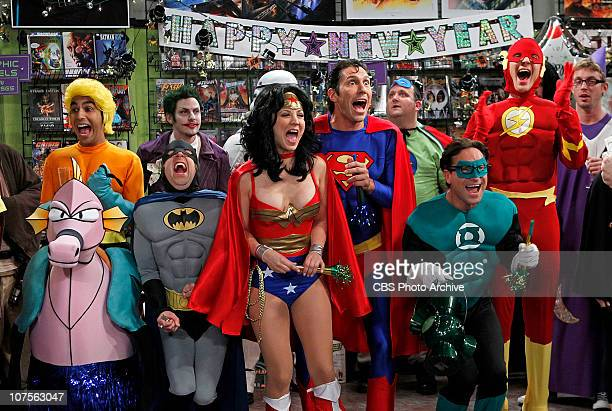 'The Justice League Recombination' The guys find a 'super' use for Penny's new boyfriend Zack when they enter a costume contest as the Justice League...